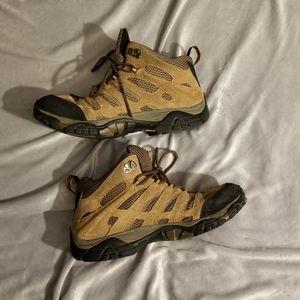 Merrell Earth waterproof hiking boots Sz 10.5